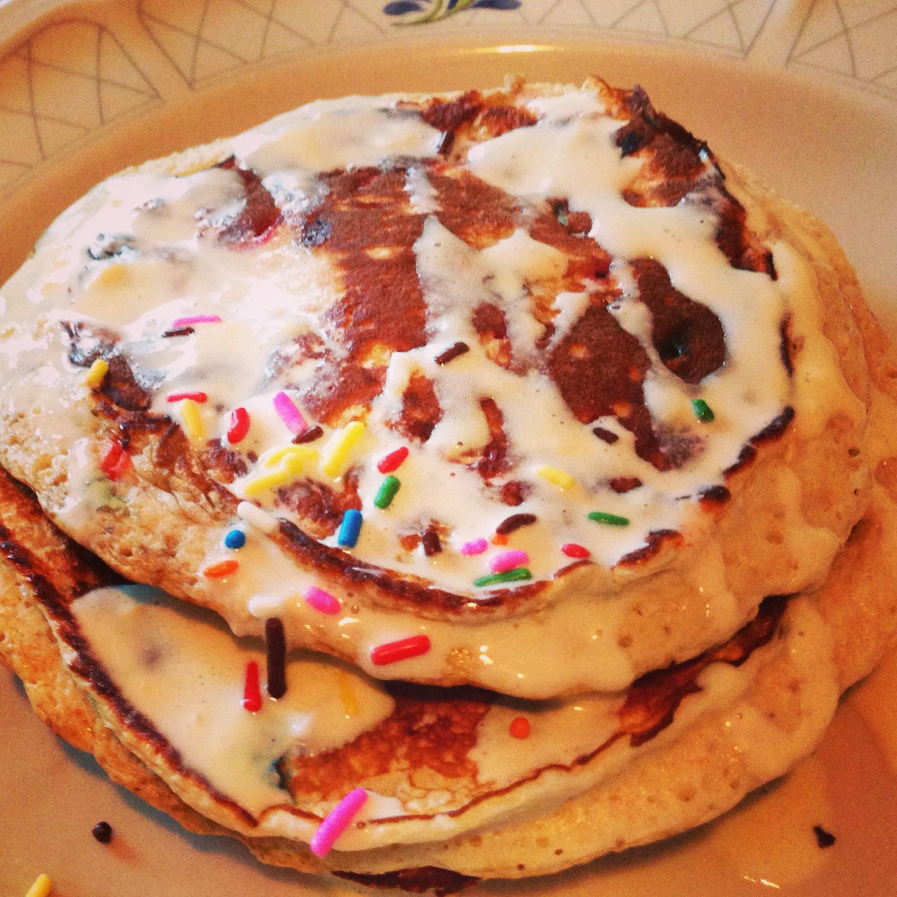 Birthday Cake Protein Pancakes | fitalian kitchen